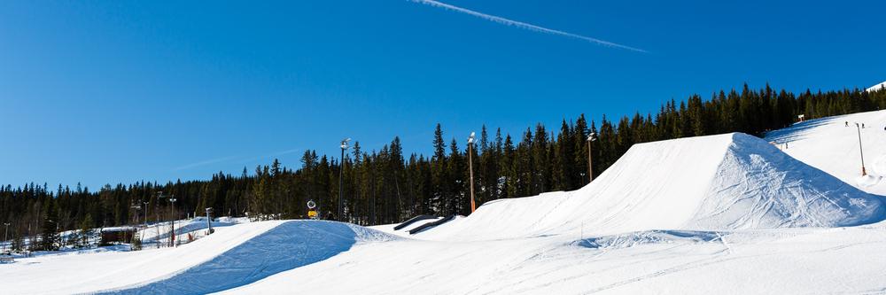 Få et adrenalinsus i Sveriges bedste Snowpark